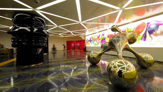 450138-italy-subway-art